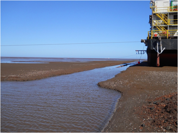 Jetted Trench During Low Tide