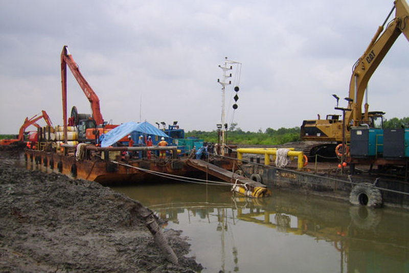 Pull Barge