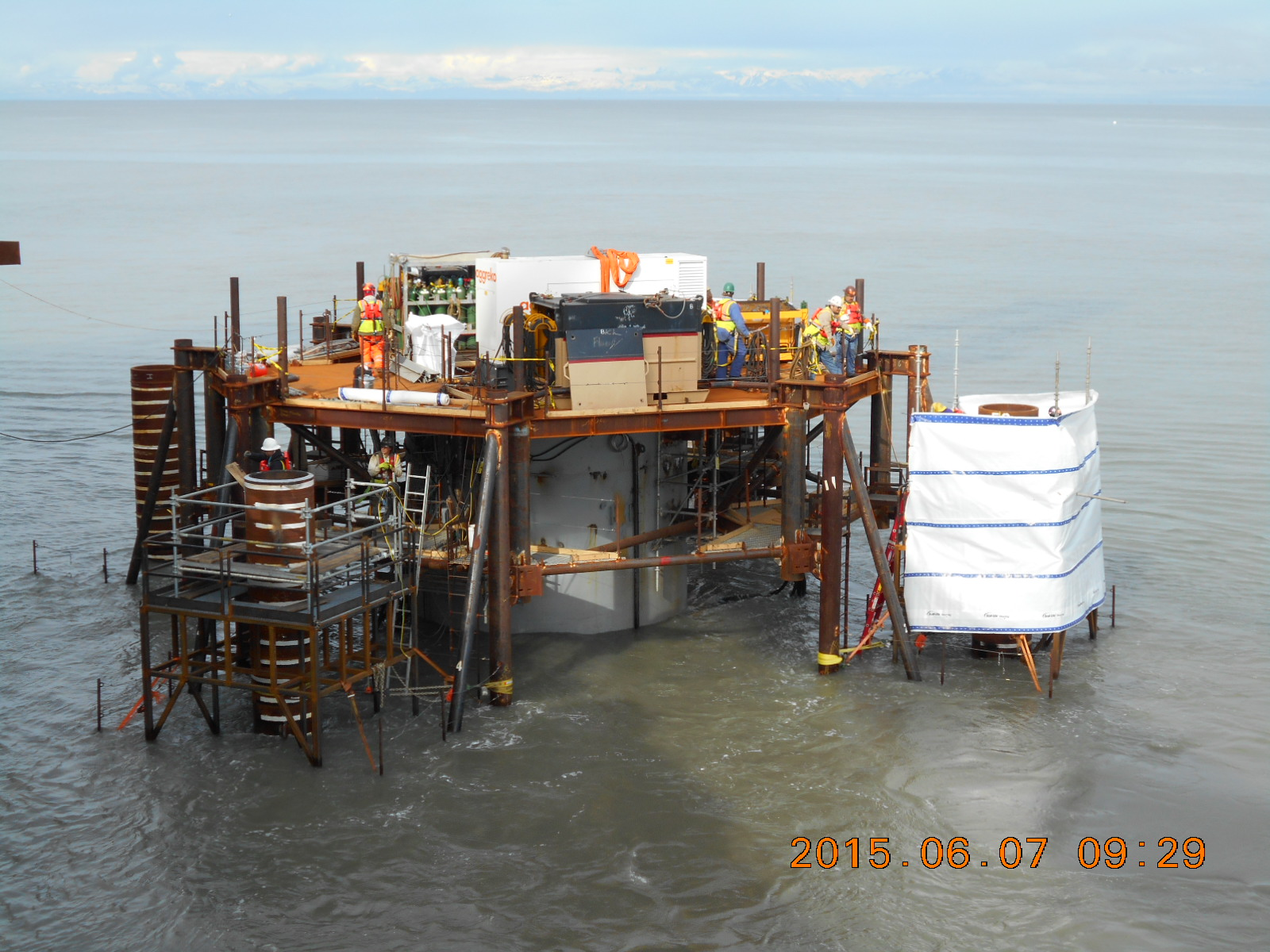 04_piling-works-with-driving-platform-02